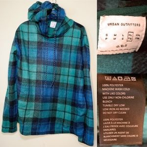 Urban Outfitters | Fleece Plaid Pullover | XL